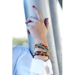 Bracelet  multirangs perles femme - porté