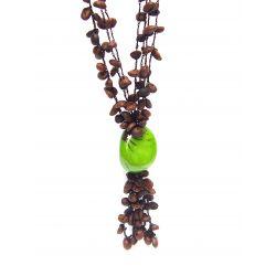 Collier et boucles d'oreilles ivoire végétal vert grains de café