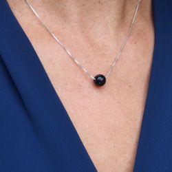 Collier en argent pluie d'argent - femme chemise bleue