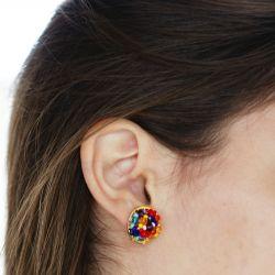 Boucles d'oreilles plaqué or verre de Murano multicolore - porté