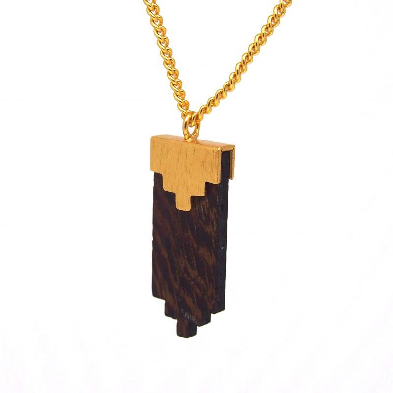 Collier ethnique en bois