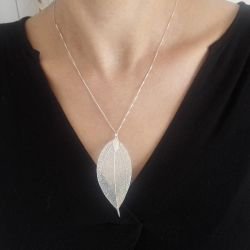 collier argent feuille