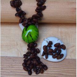 Parure Sautoir et boucles d'oreilles Ivoire végétal verte grains de café