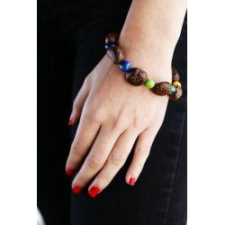Bracelet graine asahi et Ivoire végétal multicolore femme - porté