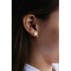 Boucles d'oreilles plaqué or Etoile de mer - porté