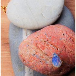 Collier élégant ras du cou goutte d'opale