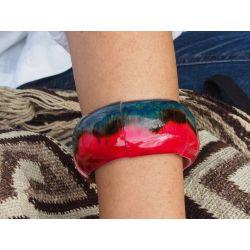 Bracelet artisanal fabriqué en bambou_femme_porté