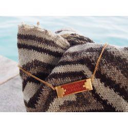 Collier ethnique plaqué or avec mochila