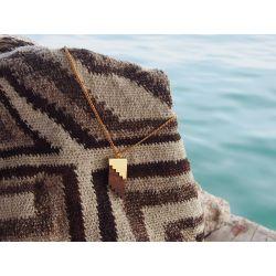 Collier ethnique en bois Or du Zenú avec sac mochila