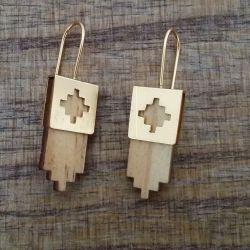 Boucles d'oreilles ethniques chic en bois beige